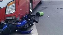 Lâm Đồng: Thanh niên chạy xe mô tô tử vong sau va chạm với xe khách