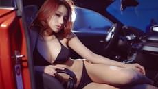 Nóng người với hình ảnh Lưu Tịnh Di diện bikini, khoe thân thể nuột nà bên BMW 1M