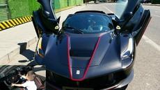 """""""Quý tử"""" con nhà đại gia mới tí tuổi đã được nghịch siêu xe Ferrari LaFerrari Aperta hơn 153 tỷ đồng"""