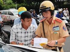 Lỗi vi phạm giao thông nào được nộp phạt tại chỗ và không cần lập biên bản?