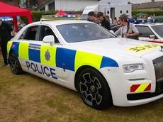 Anh: Rolls-Royce Ghost Black Badge được trang bị làm xe tuần tra