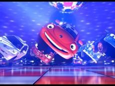 Xe Volkswagen hóa nhân vật hoạt hình và nhảy flashmob