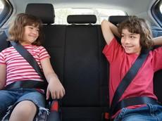 Xử phạt hành vi không thắt dây an toàn trong xe hơi