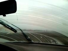 Khi nào cần thay gạt nước trên ôtô?