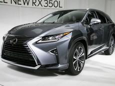 Chiêm ngưỡng phiên bản 7 chỗ của SUV hạng sang Lexus RX ngoài đời thực