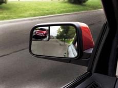Những sai lầm khiến xe máy rơi vào điểm mù của xe tải