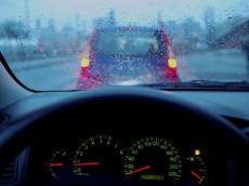 """Vì sao ô tô máy dầu """"sợ"""" trời lạnh?"""
