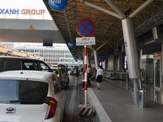 Ô tô dừng quá 3 phút ở sân bay Tân Sơn Nhất bị phạt 350.000 Đồng