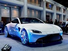 """""""Mục sở thị"""" Aston Martin V8 Vantage 2018 tại triển lãm ô tô lớn nhất Đông Nam Á"""