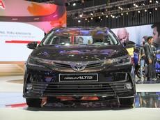 Giá xe Toyota Corolla Altis 2018 mới nhất tháng 4/2018: Không có điều chỉnh giá bán