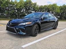 Toyota Camry dễ dàng thống trị phân khúc xe sedan cỡ trung tại Mỹ