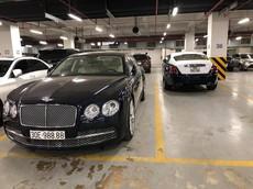 """Choáng với hình ảnh cặp xe siêu sang triệu USD mang biển """"VIP"""""""