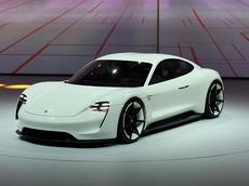 Porsche Mission E bản thương mại có tên chính thức là Taycan