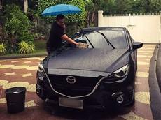 Có nên rửa xe bằng mưa để đỡ tốn tiền?