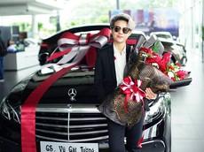 Nữ ca sĩ Vũ Cát Tường tậu xe sang Mercedes-Benz E200 hơn 2 tỷ Đồng