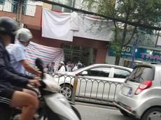 TP. HCM: Xe máy trong bãi gửi bất ngờ phát nổ khiến một người bị thương