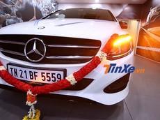 Lão nông 88 tuổi hoàn thành ước mơ mua xe Mercedes-Benz từ thủa nhỏ