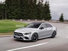 """Đánh giá nhanh Mercedes-Benz A-Class Sedan 2019: Xe sang giá """"mềm"""" cạnh tranh Audi A3"""