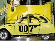 """8 mẫu xe ô tô có mức giá """"mềm"""" của điệp viên James Bond"""