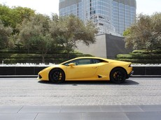 Thanh niên thuê Lamborghini Huracan bị phạt chạy quá tốc độ 33 lần trong 3,5 tiếng