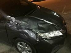 Đỗ xe chắn lối ra của Toyota Hilux, người lái chiếc Honda City nhận bài học đắt giá