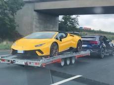 Choáng với màn dùng siêu SUV Lamborghini Urus kéo Huracan Performante Spyder