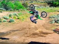 Lác mắt xem 6 tay đua Real Moto thách thức mọi định luật vật lý