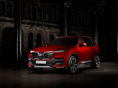 Chuyên gia nước ngoài: VinFast nên xuất khẩu ô tô song song với sản xuất xe cho nội địa