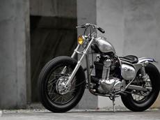 Lạ lùng với Kawasaki Estrella 250 độ Bobber cực bóng bẩy