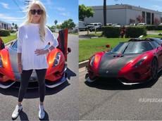 Cô gái tóc vàng trải nghiệm siêu xe không hộp số Koenigsegg Regera