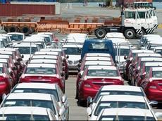 """Hết bị """"đóng băng"""", thị trường ô tô nhập khẩu tại Việt Nam """"bùng nổ"""" trở lại"""