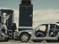 Thán phục màn quảng cáo cực tinh vi của Mercedes-Benz C-Class 2019