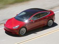 """Tesla Model 3 có doanh số """"ăn đứt"""" tất cả xe Mỹ trong tháng 9/2018"""