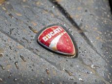 Ducati hé lộ sản phẩm mới với một hình ảnh đầy bùn đất, rất có thể là Ducati Multistrada 1260
