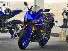 """Yamaha chính thức ra mắt R3 2019 với ngoại hình """"bốc lửa"""" cho sức mạnh lên tới 42 mã lực"""