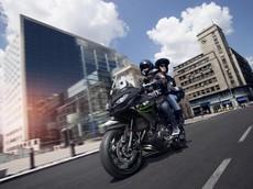 Kawasaki Versys 650 2019 ra mắt với bộ tem và màu mới đẹp hơn