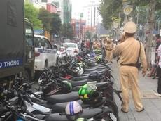 Bình Dương: 43 xe Suzuki Raider bị bắt, nhiều xe sai phạm