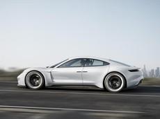 Porsche Taycan sẽ đắt hơn Cayenne nhưng rẻ hơn Panamera để cạnh tranh với Tesla Model S