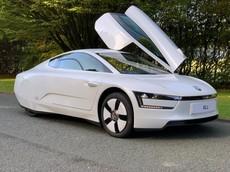 Volkswagen XL1 - Xe siêu tiết kiệm với chỉ 0,9 lít/100 km được mang bán đấu giá dưới 3,5 tỷ Đồng