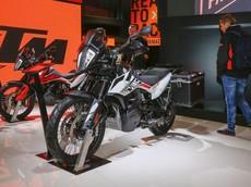 Mục sở thị KTM 790 Adventure R - Xe Adventure tầm trung hứa hẹn thống lĩnh phân khúc