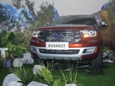Hai phiên bản thương mại của Ford Everest 2018 đã có giá bán, chỉ từ 999 triệu đồng