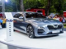 Ngoài VinFast LUX A2.0, người Việt có thể mua xe nào khác với 880 triệu đồng trong tay?