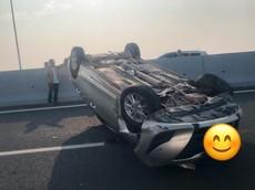 Quảng Ninh: Gây tai nạn rồi bỏ chạy, người lái Kia K3 đâm lật ngửa Toyota Vios