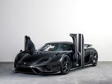 """Siêu xe triệu đô không hộp số Koenigsegg Regera đầu tiên trên thế giới """"tắm mình"""" trong sợi carbon mờ"""