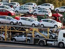 Nhập khẩu ô tô tuần qua: Xe Indonesia cập cảng cứu cánh người dùng Việt