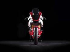 Chỉ trong 24h, toàn bộ 20 siêu mô tô Yamaha R1 GYTR 2019 trị giá hơn 1 tỷ được bán hết sạch