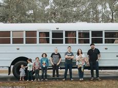 Biến xe buýt thành nhà di động, cả gia đình đi vòng quanh nước Mỹ