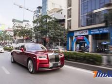 Rolls-Royce Phantom thế hệ VIII bất ngờ lăn bánh trên đường phố Việt Nam