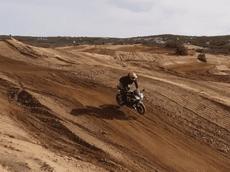 Mang Kawasaki Ninja 300 vào track offroad, biker trẻ khiến nhiều người ngả mũ thán phục