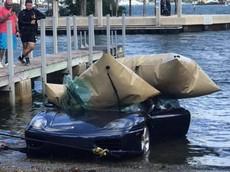 """Người đàn ông lái siêu xe Ferrari 360 Modena xuống hồ cho rằng vì được Chúa Giê Su """"mách nước"""""""
